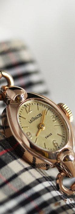 ジャガールクルトのローズ色の女性用アンティーク腕時計 【1940年頃】-W1473-2