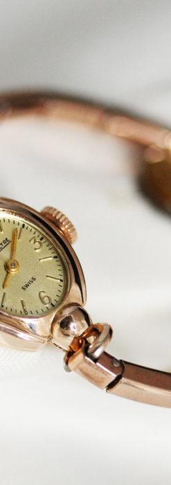 ジャガールクルトのローズ色の女性用アンティーク腕時計 【1940年頃】-W1473-4