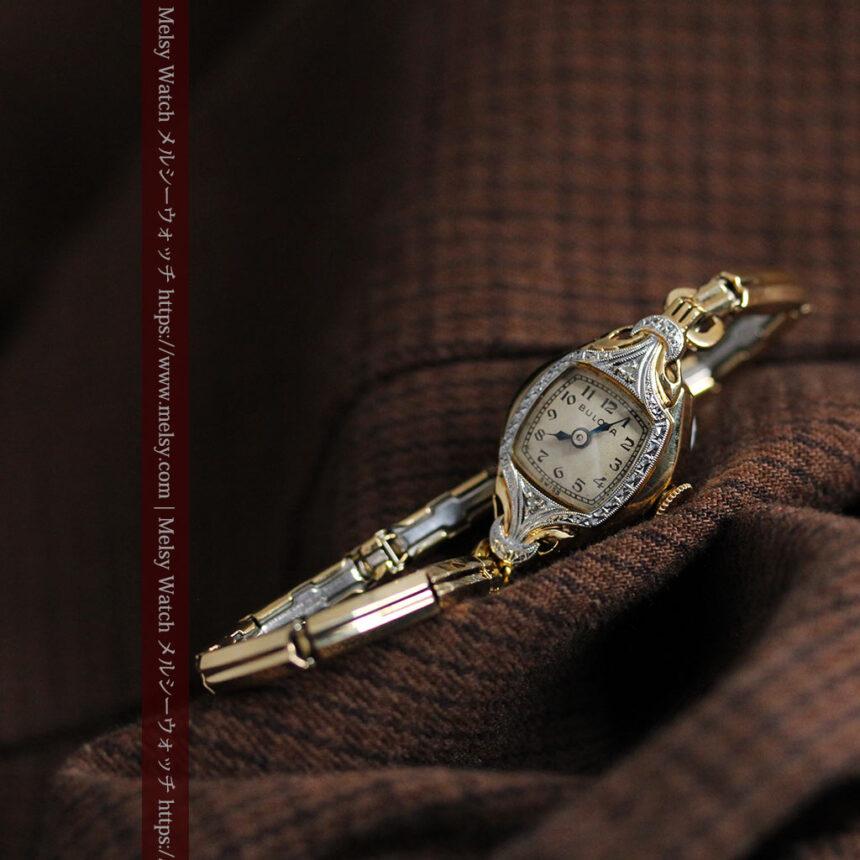ブローバの金銀2色の装飾際立つ女性用アンティーク腕時計 【1942年製】-W1477-7