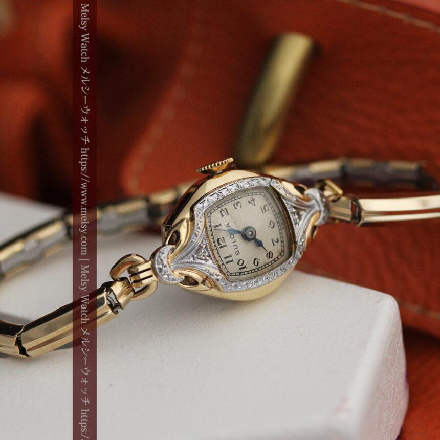 ブローバの金銀2色の装飾際立つ女性用アンティーク腕時計 【1942年製】-W1477-9