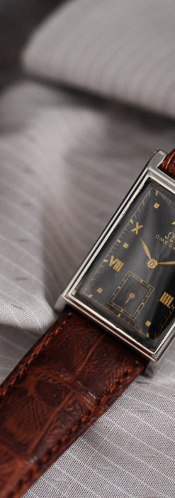 オメガ アンティーク腕時計 上品な黒と金のコントラスト 【1943年製】-W1481-10