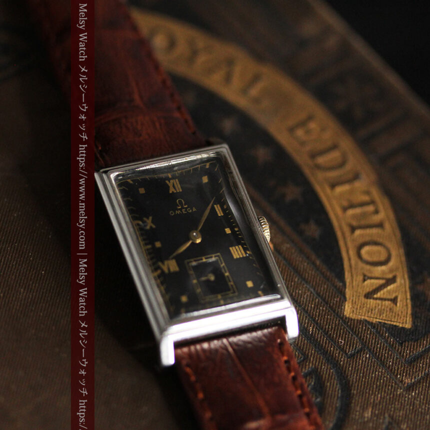 オメガ アンティーク腕時計 上品な黒と金のコントラスト 【1943年製】-W1481-2