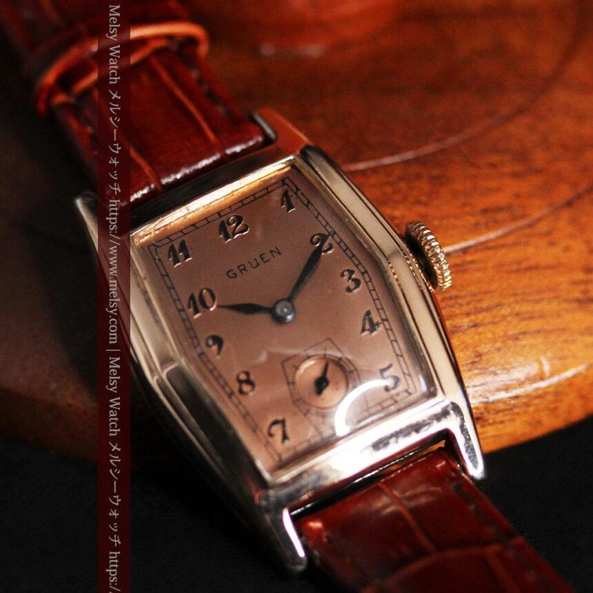 グリュエン 縦長六角形のアンティーク腕時計 ローズ色 【1950年頃】-W1482-13