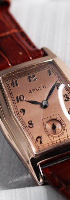 グリュエン 縦長六角形のアンティーク腕時計 ローズ色 【1950年頃】-W1482-4