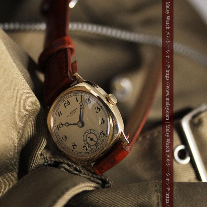 英国ベンソン クッション型の金無垢アンティーク腕時計 【1950年頃】-W1484-10