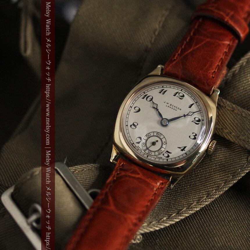 英国ベンソン クッション型の金無垢アンティーク腕時計 【1950年頃】-W1484-11