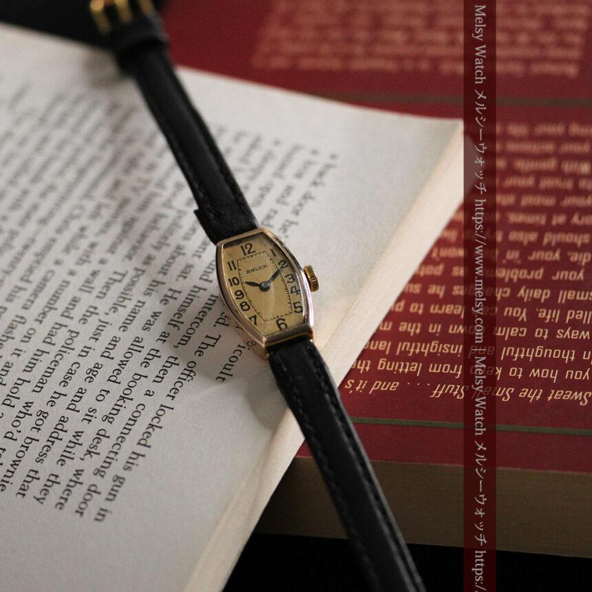ロレックス 細長い樽型の女性用金無垢アンティーク腕時計 【1930年頃】-W1486-4