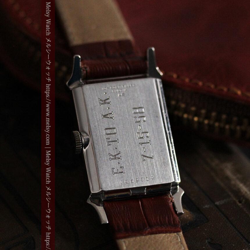 ブローバのダイヤモンドと黒文字盤の上品なアンティーク腕時計 【1958年頃】-W1489-15