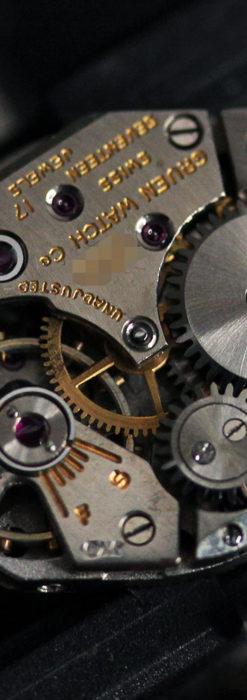 グリュエン 黒文字盤と鋲の個性的な女性用アンティーク腕時計 【1950年頃】-W1492-16