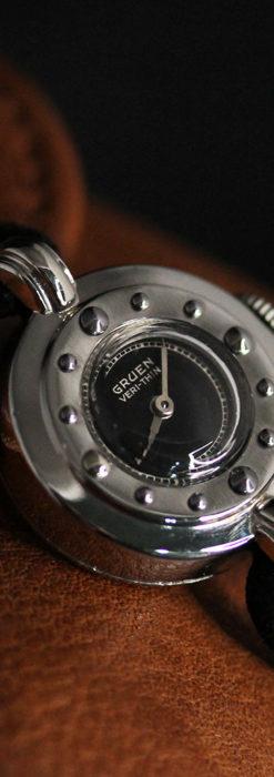 グリュエン 黒文字盤と鋲の個性的な女性用アンティーク腕時計 【1950年頃】-W1492-9