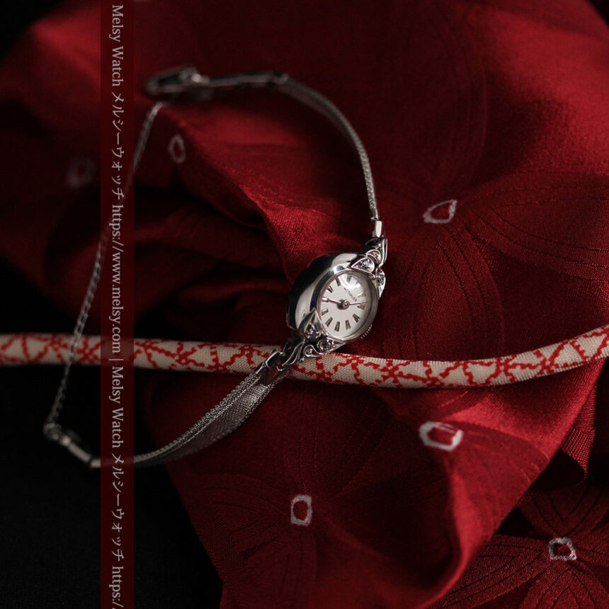 ウイットナーの艶やかな女性用アンティーク腕時計 【1950年頃】箱付き-W1497-3