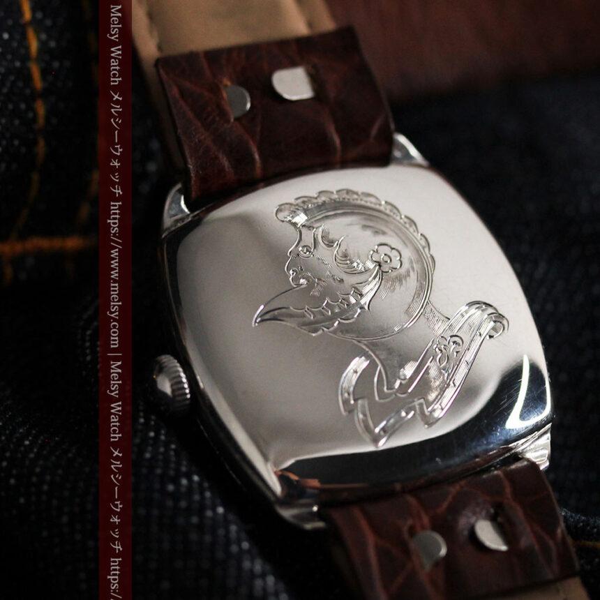英国ベンソン 上品な騎士の彫りと銀無垢アンティーク腕時計 【1937年頃】-W1498-1