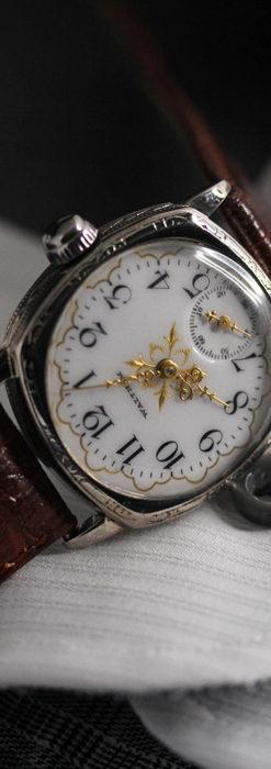 ウォルサムのアンティーク腕時計 十字が輝く金彩装飾 【1906年製】-W1500-11