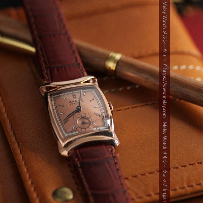 グリュエン ラッピング装飾されたようなローズ色の腕時計-W1502-2