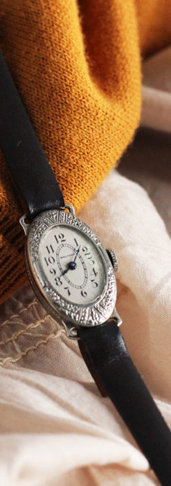 細工の綺麗なウォルサムの婦人物アンティーク腕時計 【1931年製】-W1504-10