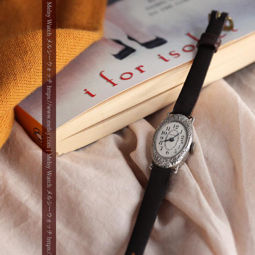 細工の綺麗なウォルサムの婦人物アンティーク腕時計 【1931年製】-W1504-12