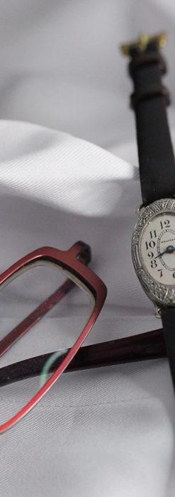 細工の綺麗なウォルサムの婦人物アンティーク腕時計 【1931年製】-W1504-2