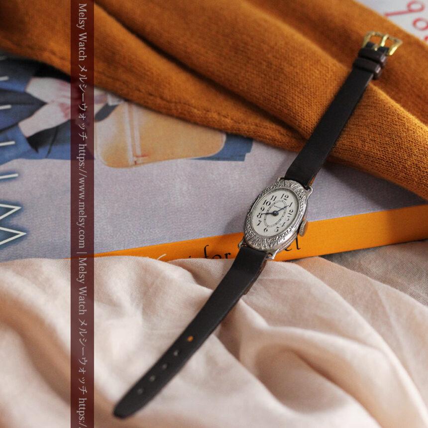 細工の綺麗なウォルサムの婦人物アンティーク腕時計 【1931年製】-W1504-3