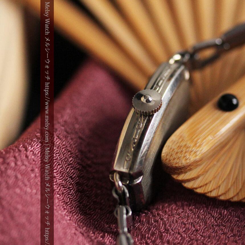 ウォルサムの上品な楕円形の女性用アンティーク腕時計 【1931年製】箱付き-W1507-11