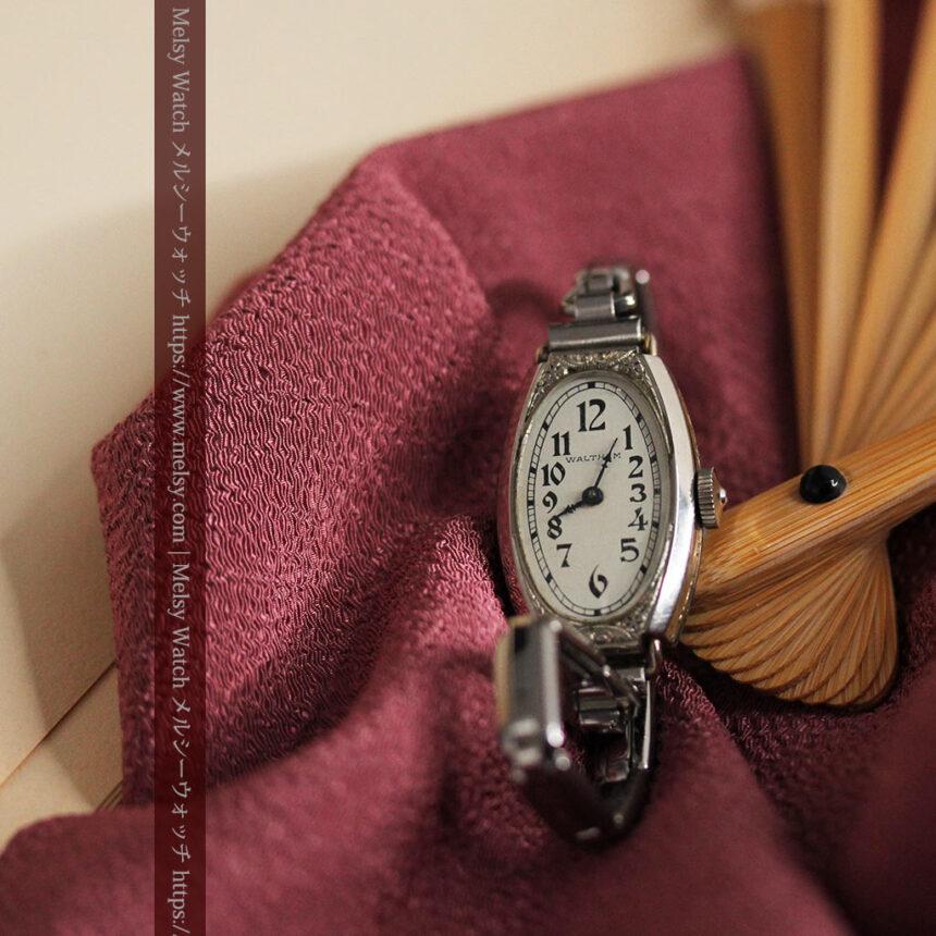 ウォルサムの上品な楕円形の女性用アンティーク腕時計 【1931年製】箱付き-W1507-5