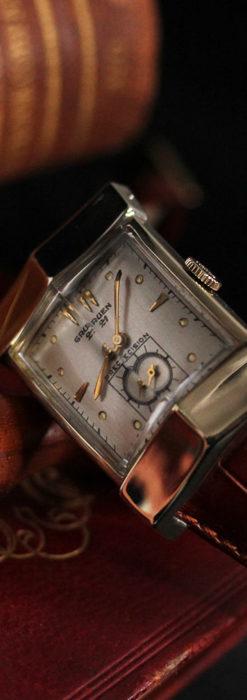 グリュエンの騎士の兜を彷彿とさせるアンティーク腕時計【1951年頃】-W1510-1