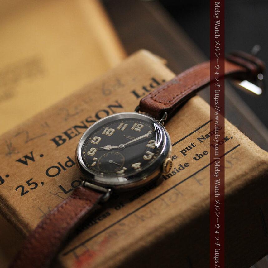 英国ベンソン 銀無垢&黒文字盤の風格あるアンティーク腕時計 【1918年製】-W1512-16