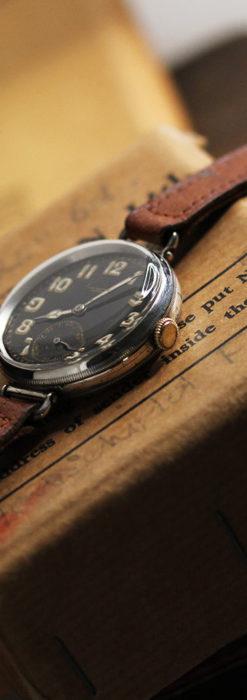 英国ベンソン 銀無垢&黒文字盤の風格あるアンティーク腕時計 【1918年製】-W1512-17