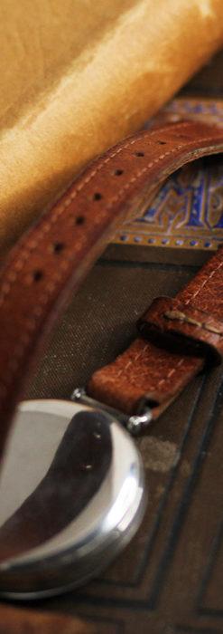 英国ベンソン 銀無垢&黒文字盤の風格あるアンティーク腕時計 【1918年製】-W1512-18