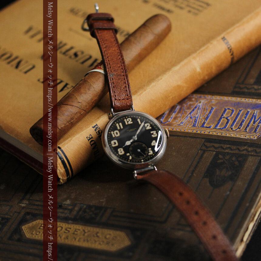 英国ベンソン 銀無垢&黒文字盤の風格あるアンティーク腕時計 【1918年製】-W1512-2