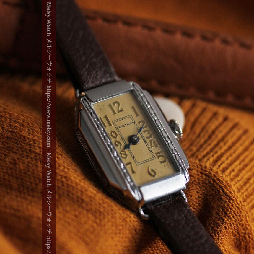 昭和初期の深みあるウォルサムの女性用アンティーク腕時計 【1934年製】箱付き-W1516-3
