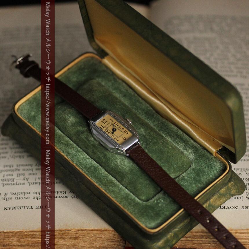 昭和初期の深みあるウォルサムの女性用アンティーク腕時計 【1934年製】箱付き-W1516-8