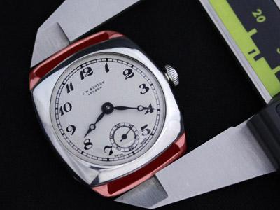 ラグを含んだ腕時計の計測