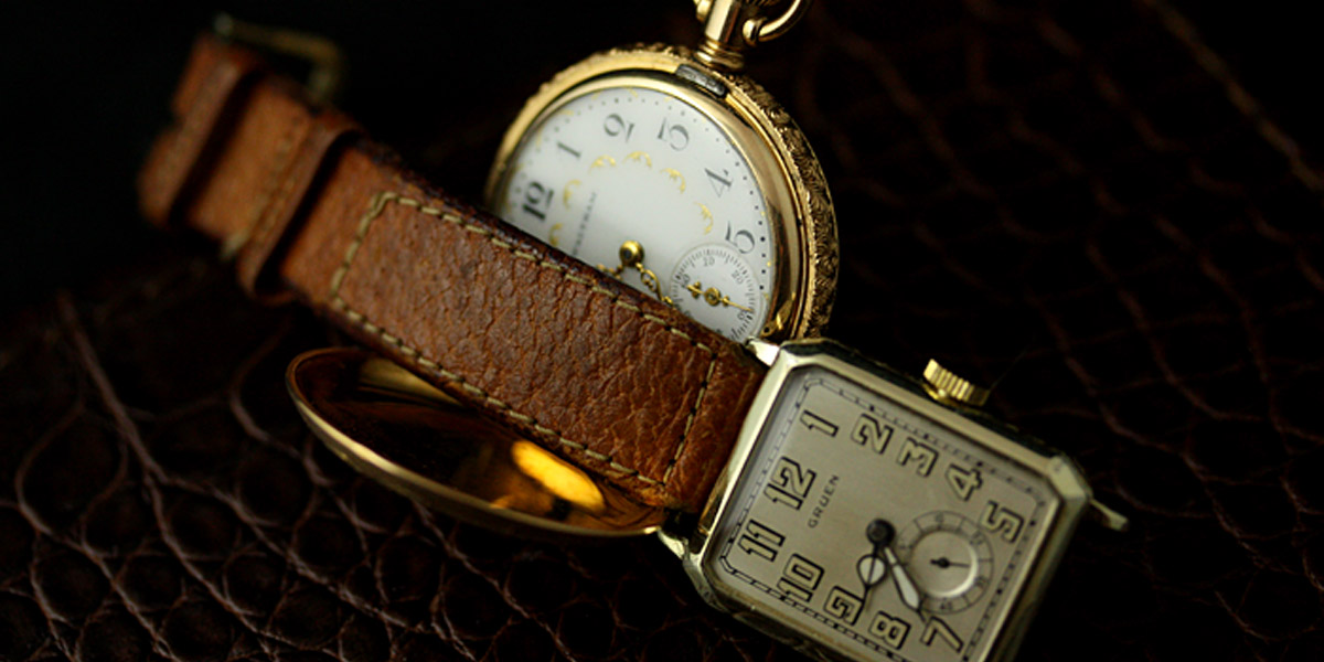 アンティーク懐中時計と腕時計