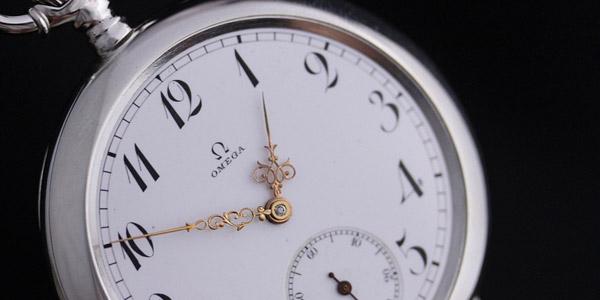 オメガの懐中時計