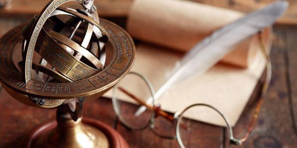 天球儀と眼鏡