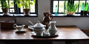 アンティークな雰囲気の良いテーブル